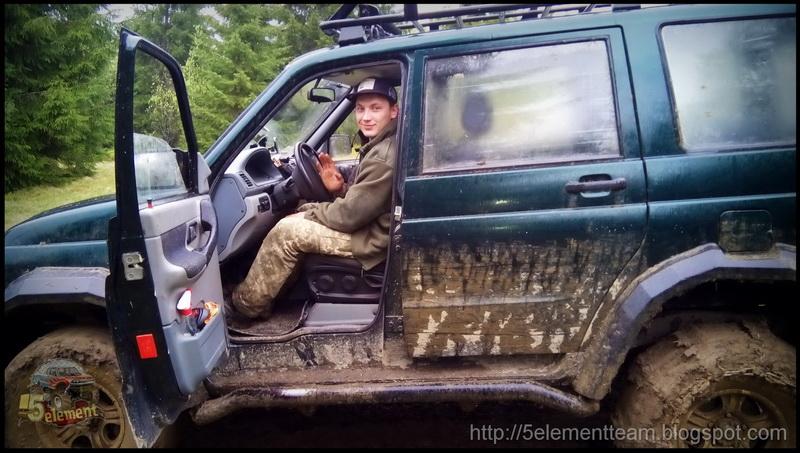 УАЗ Patriot в карпатских горах