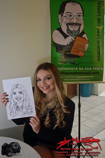 Caricaturas ao vivo na festa de 15 anos com o Desenhista Marcelo Lopes de Lopes