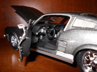 interior de ford mustang