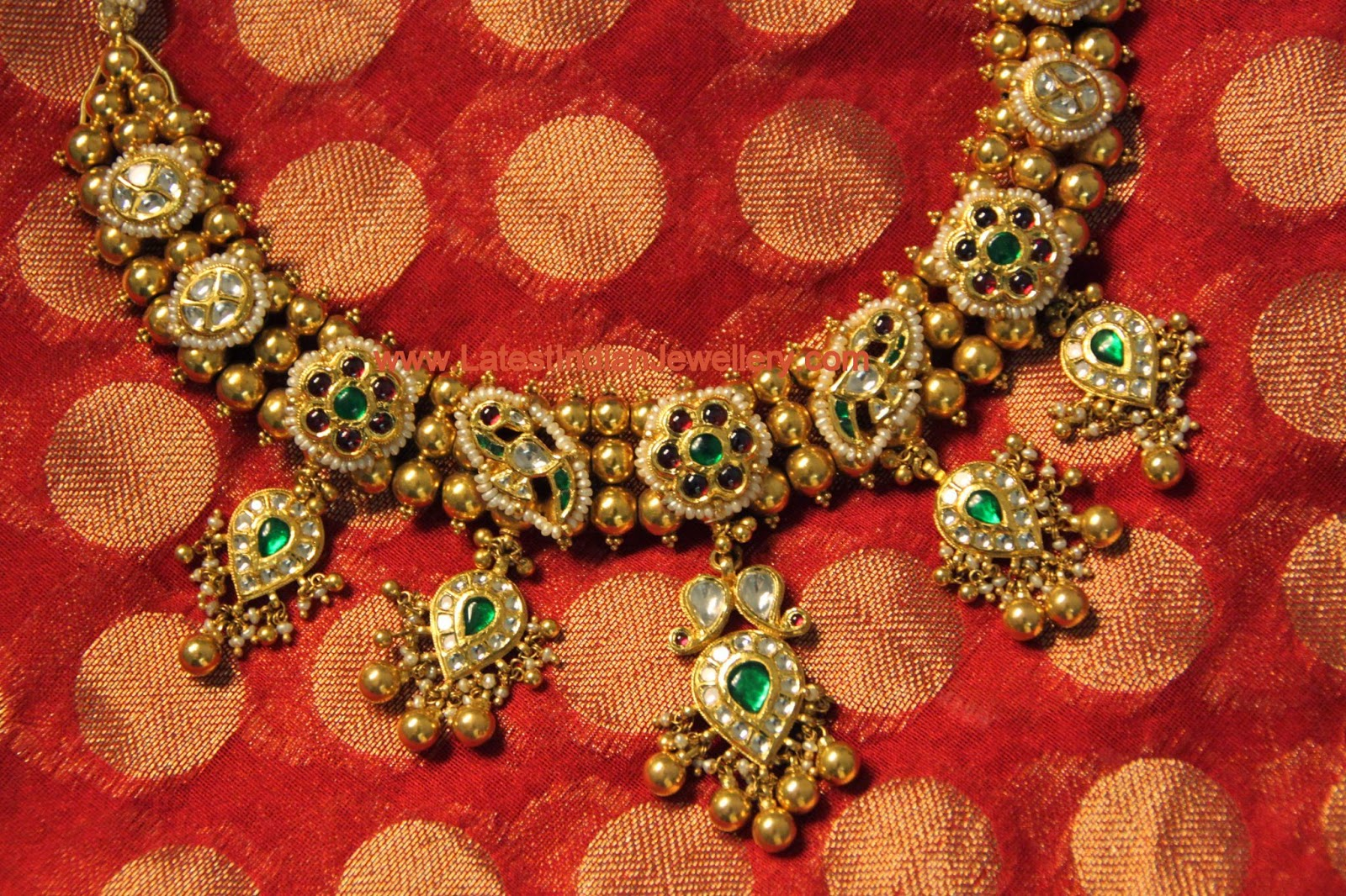 Lavish Antique Gold Kundan Necklace