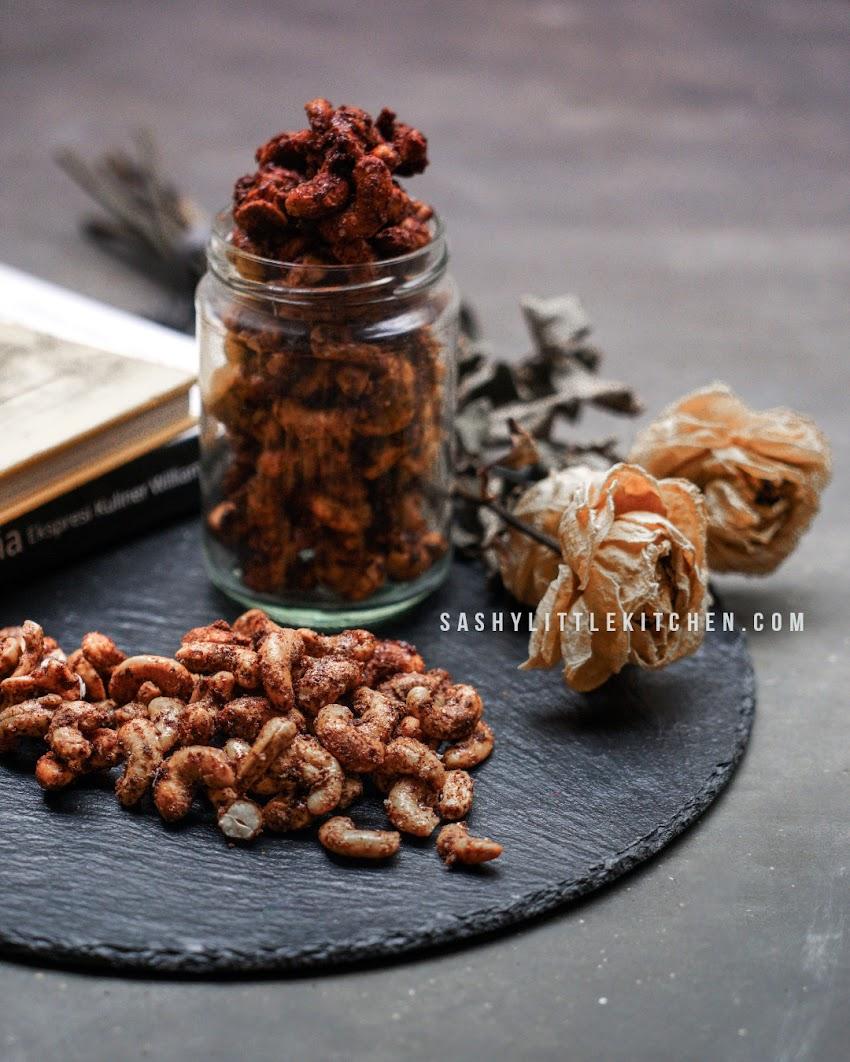 Cinnamon Sugar Candied Cashews - Kacang Mete Panggang Manis