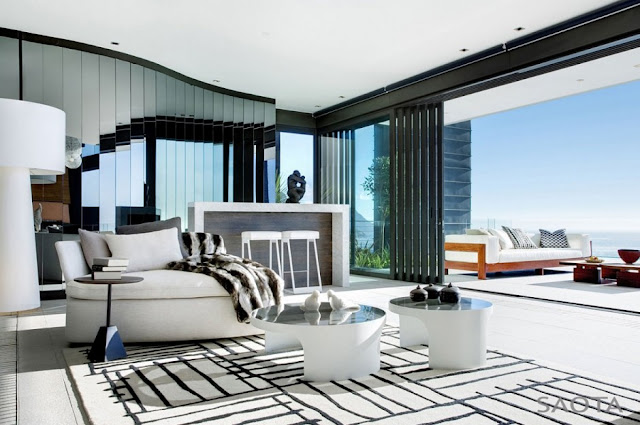 Photo of black and white carpet and furniture in the living room