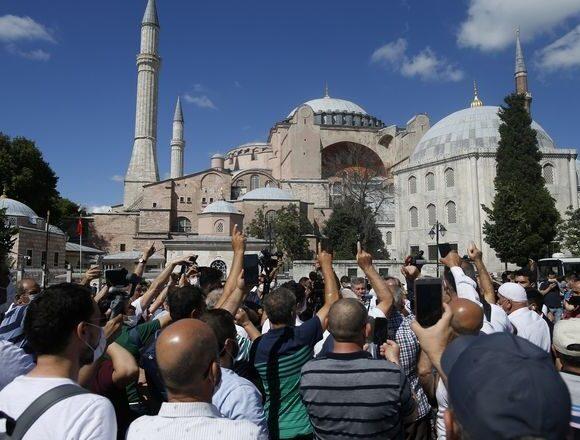 Η Αγία Σοφία και οι ευθύνες της τουρκικής κοινωνίας