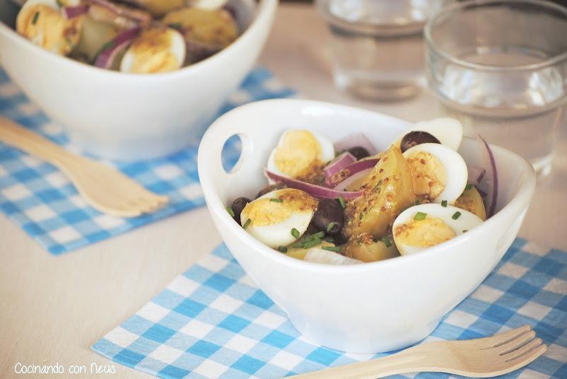 Ensalada de patata con vinagreta de mostaza