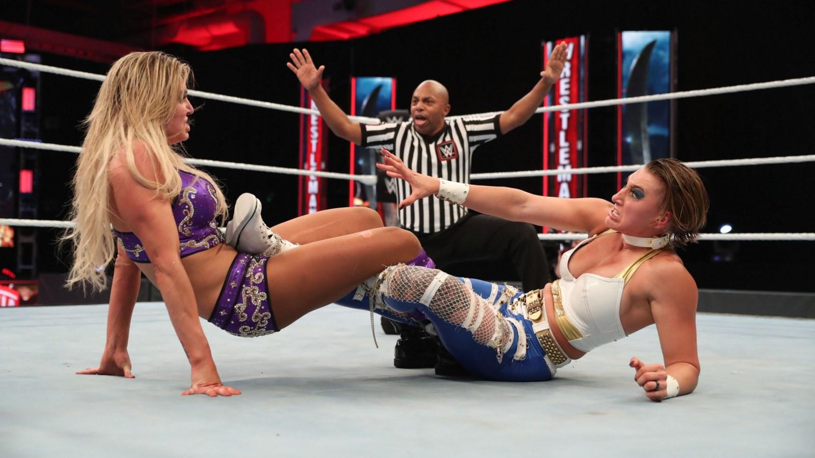 Rhea Ripley disse ter acreditado que a WWE colocaria Charlotte Flair em sua luta contra Asuka na WrestleMania 37