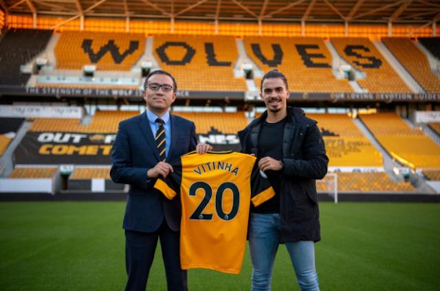 Wolverhampton Wanderers Pinjam Vitinha