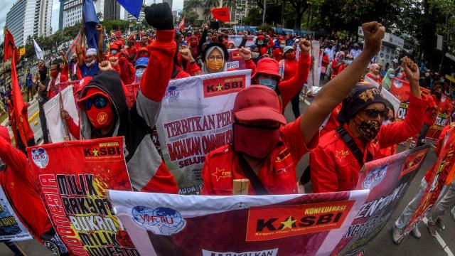 Jokowi Teken UU Cipta Kerja, Buruh KASBI: Rezim Anti Rakyat!