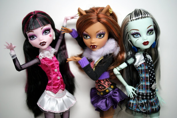 Candy Nyah Monster High Part1