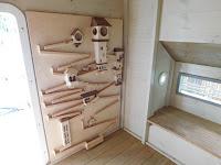 Lombház építése gyerekeknek, golyógurító