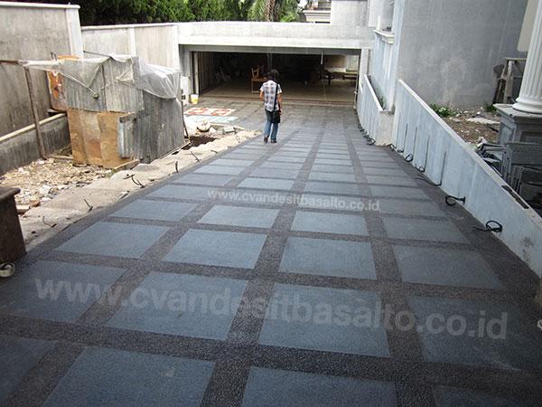 Batu Alam untuk Lantai Teras Carport Halaman Outdoor