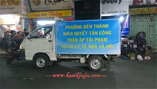 Pasar malam di Ben Thanh, Ho Chi Minh, Vietnam