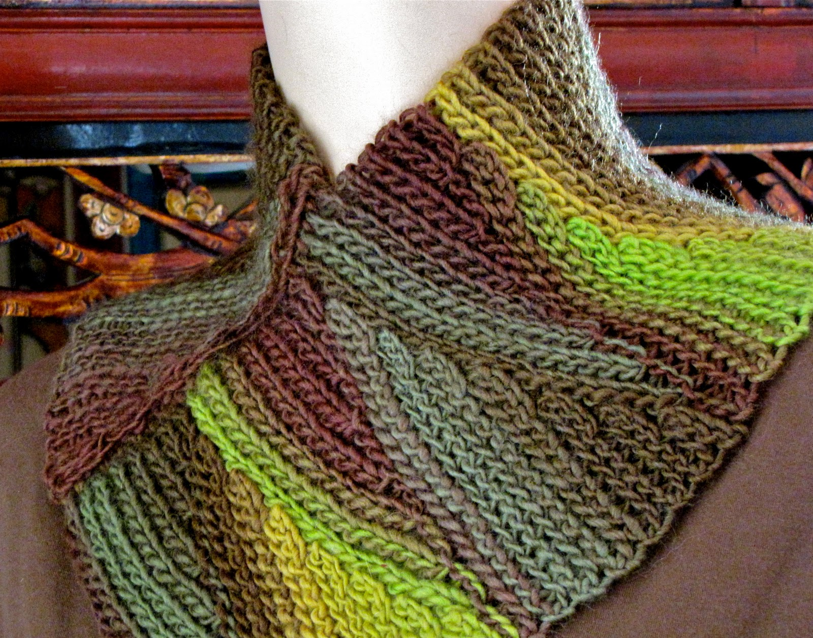 The New Crochet Cowl Scarves The Perfect Stitch For Fall