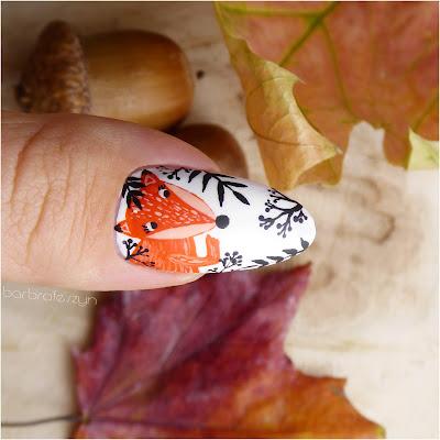 lisek na paznokciach