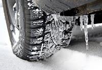 Quando scatta l'obbligo 2016 dei pneumatici invernali e catene da neve in macchina