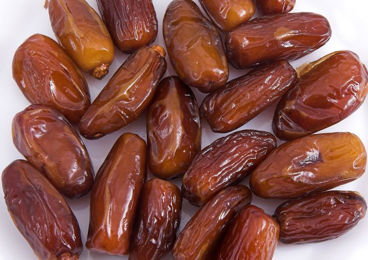 Dates Fruits