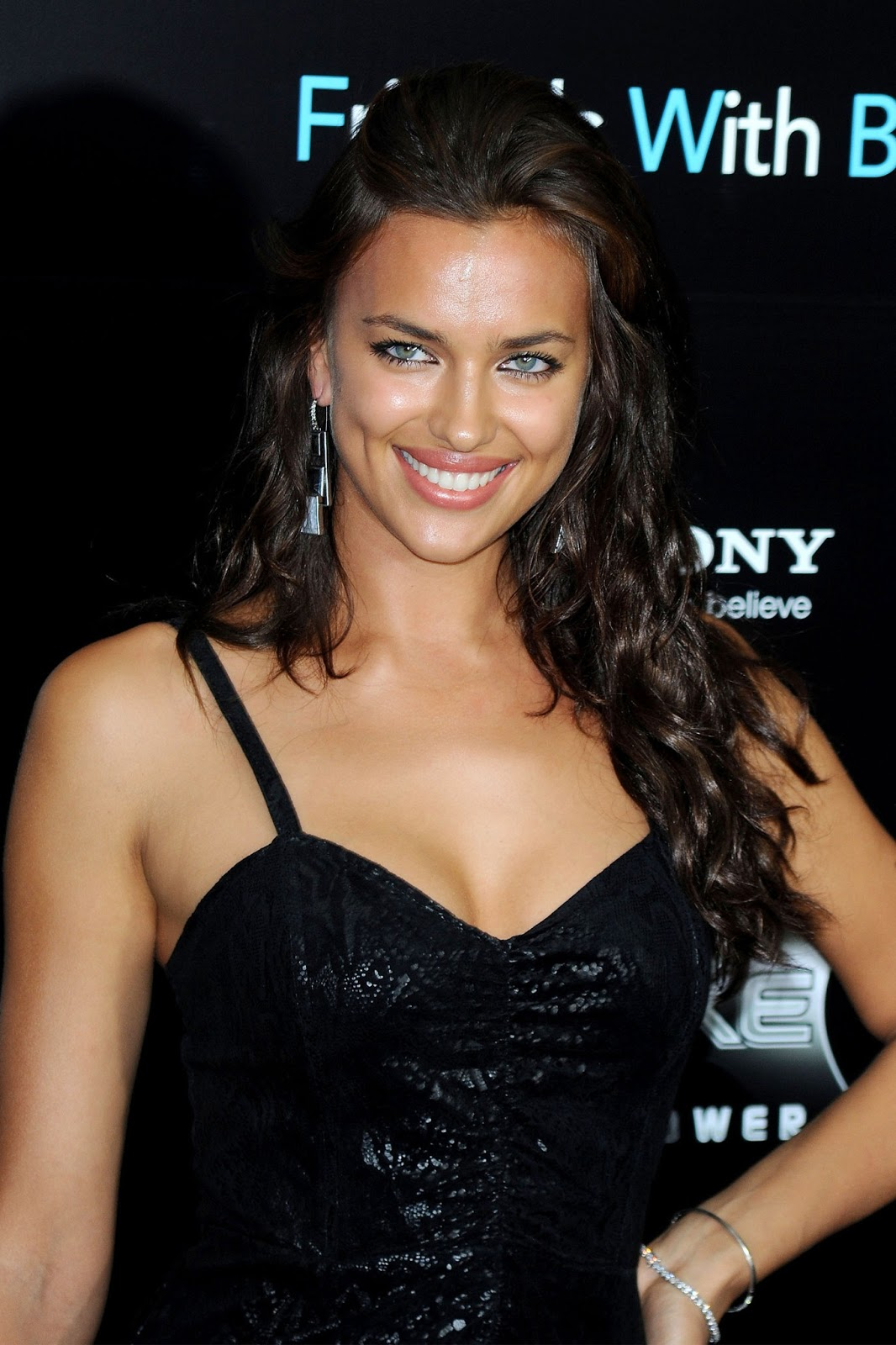 Quotes On Wallpapers Free Download Irina Shayk Hd Wallpapers Hd Wallpapers High Definition