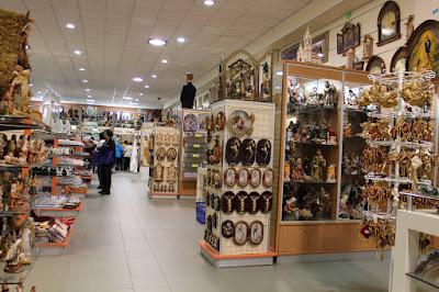 Onde comprar produto católico - Terços, ícones, livros, roupas