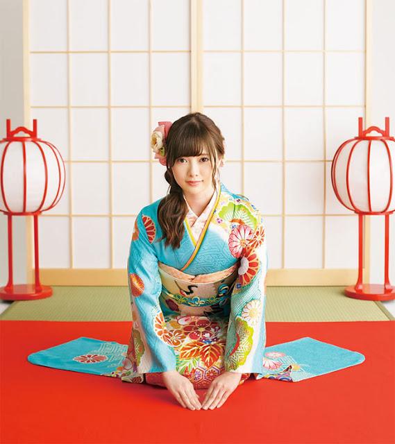 """Cô gái này là """"siêu phẩm tạp chí đàn ông Nhật Bản"""", đến cả phụ nữ cũng mê nhất"""
