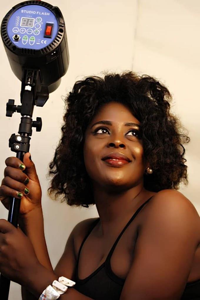 YebaMedia Group present  the most disruptive Camer female comedian:Nash Enjel.