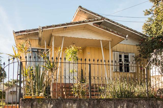 A casa no número 286 é de madeira