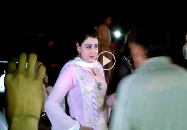 Pashto New Hd Song 2017 Mana De Zarge Ore De Mast Dance