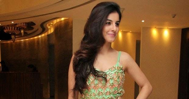 Isha Talwar Latest Photos: Latest 2015 Isha Talwar Hot Sexy HD Wallpapers