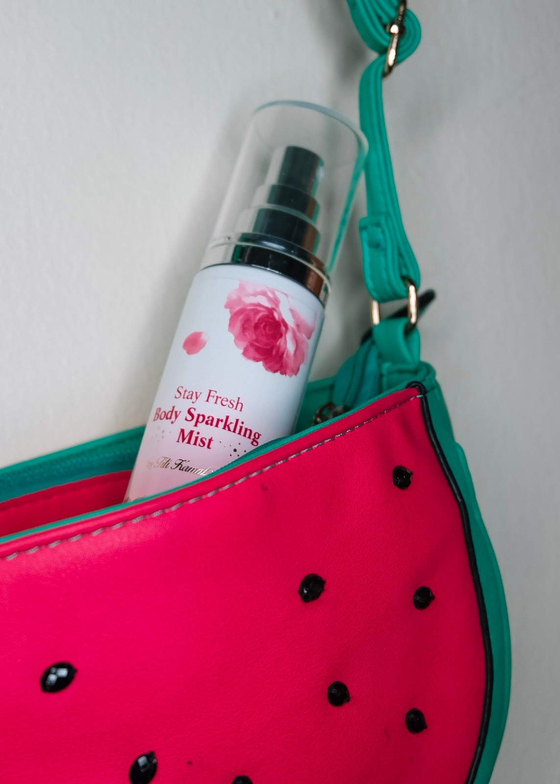 Althea Stay Fresh Body Sparkling Mist Curitan Aqalili