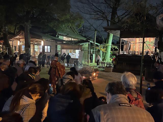 御燎祭(神楽) (@ 久伊豆神社 - @hisaizu_shrine in 越谷市, 埼玉県)