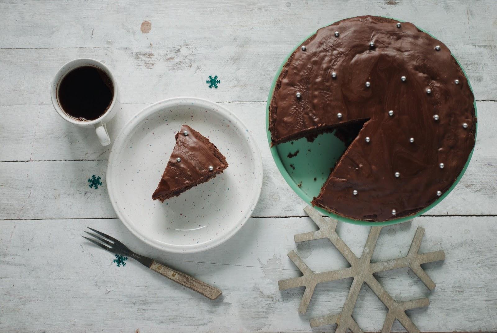 Szybki piernik z polewą czekoladową