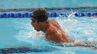 Tips Untuk Berenang Berkesan Menurunkan Berat Badan