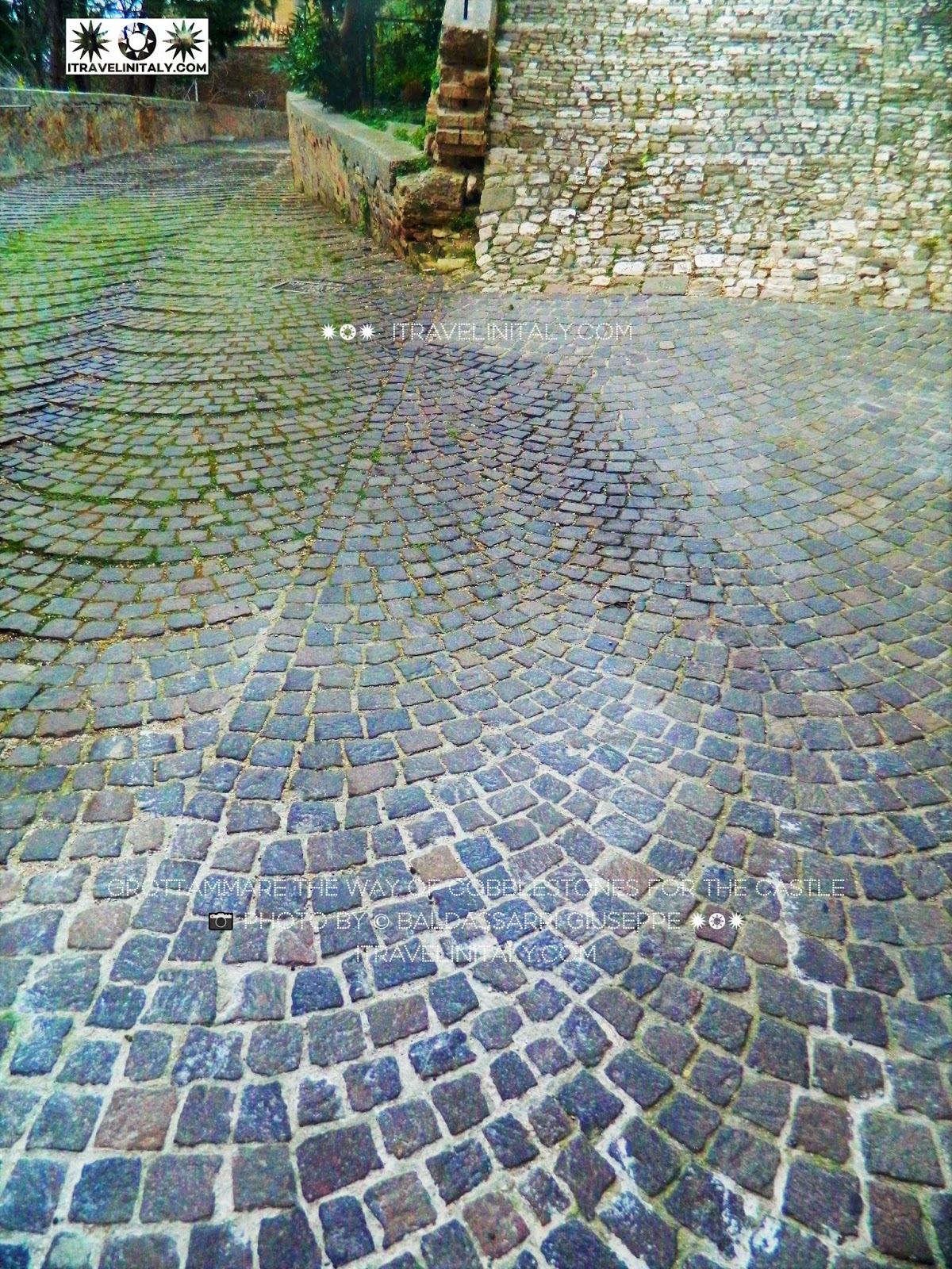 Grottammare the way of cobblestones for the Castle 📷 photo By © Baldassarri Giuseppe ✹❂✹ itravelinitaly.com Travel is the traveler in Italy