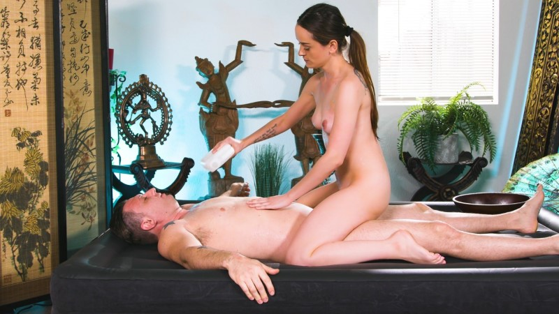 Nurumassage – BAD REVIEWS – Lily Glee