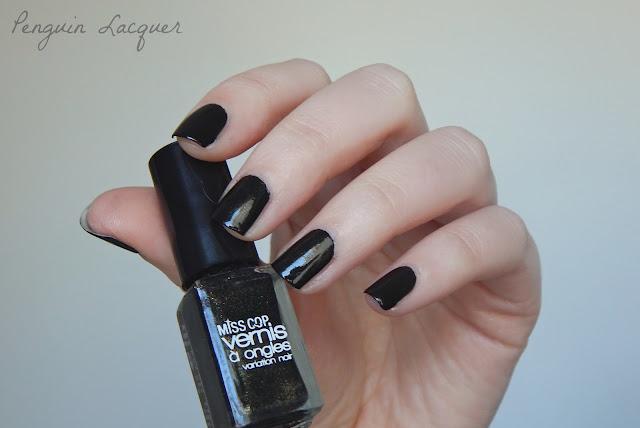 miss cop variation noir  noir dore
