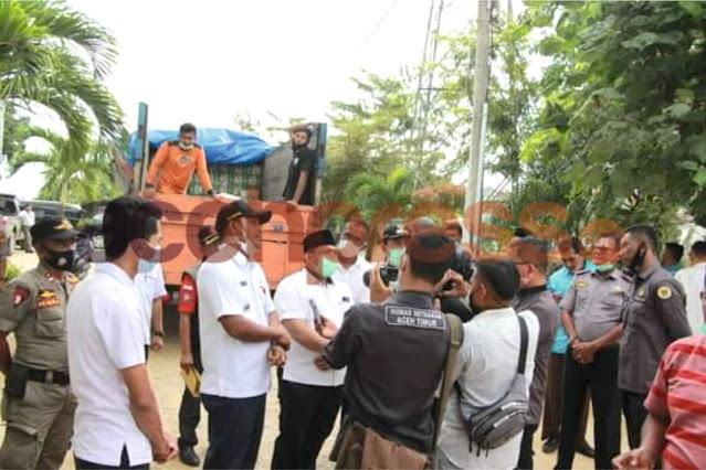 Bupati Pidie Jaya Antar Bantuan Kemanusiaan untuk Korban Banjir di Aceh Utara dan Aceh Timur