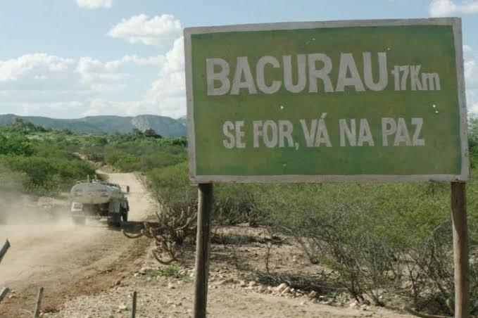 Motivos para assistir Bacurau