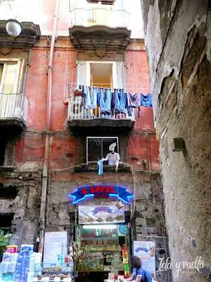 Que hacer en Nápoles visitas imprescindibles calles