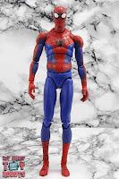 MAFEX Spider-Man (Peter B Parker) 16