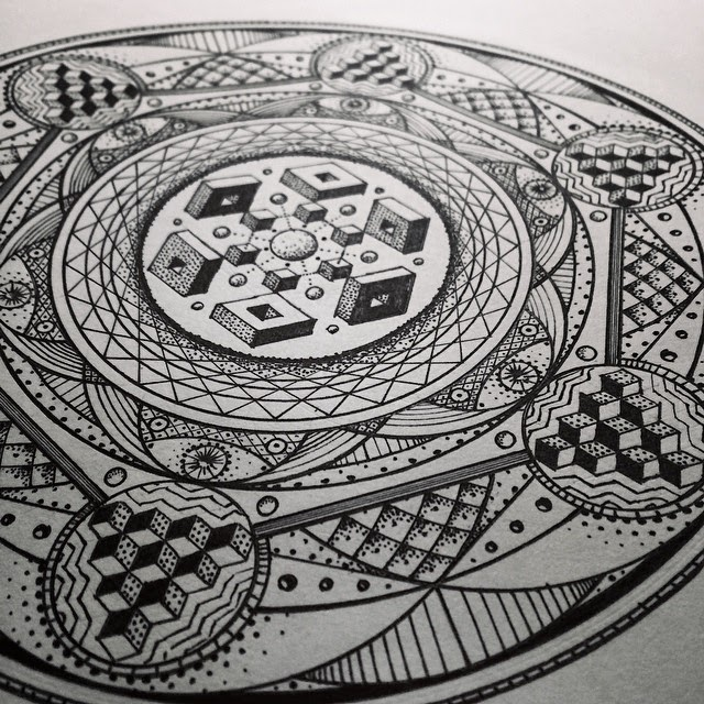 01-Become-Glenn-Thomson-Black-and-White-Innovative-Mandala-Designs-www-designstack-co