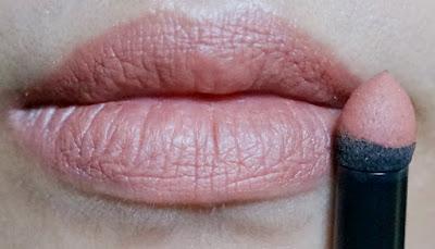 L'Oreal Color Riche Tint Caresse Powder Lipstick in Lily Blossom B07