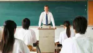 مناظرة بين مُعلم وطبيب
