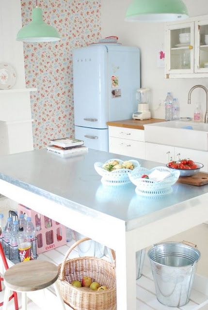 Colorful Kitchens 4