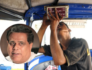 3-wheel receipt gazette is to favour friends -- signs that Nimal Siripala's home to be surrounded by 3-wheelers