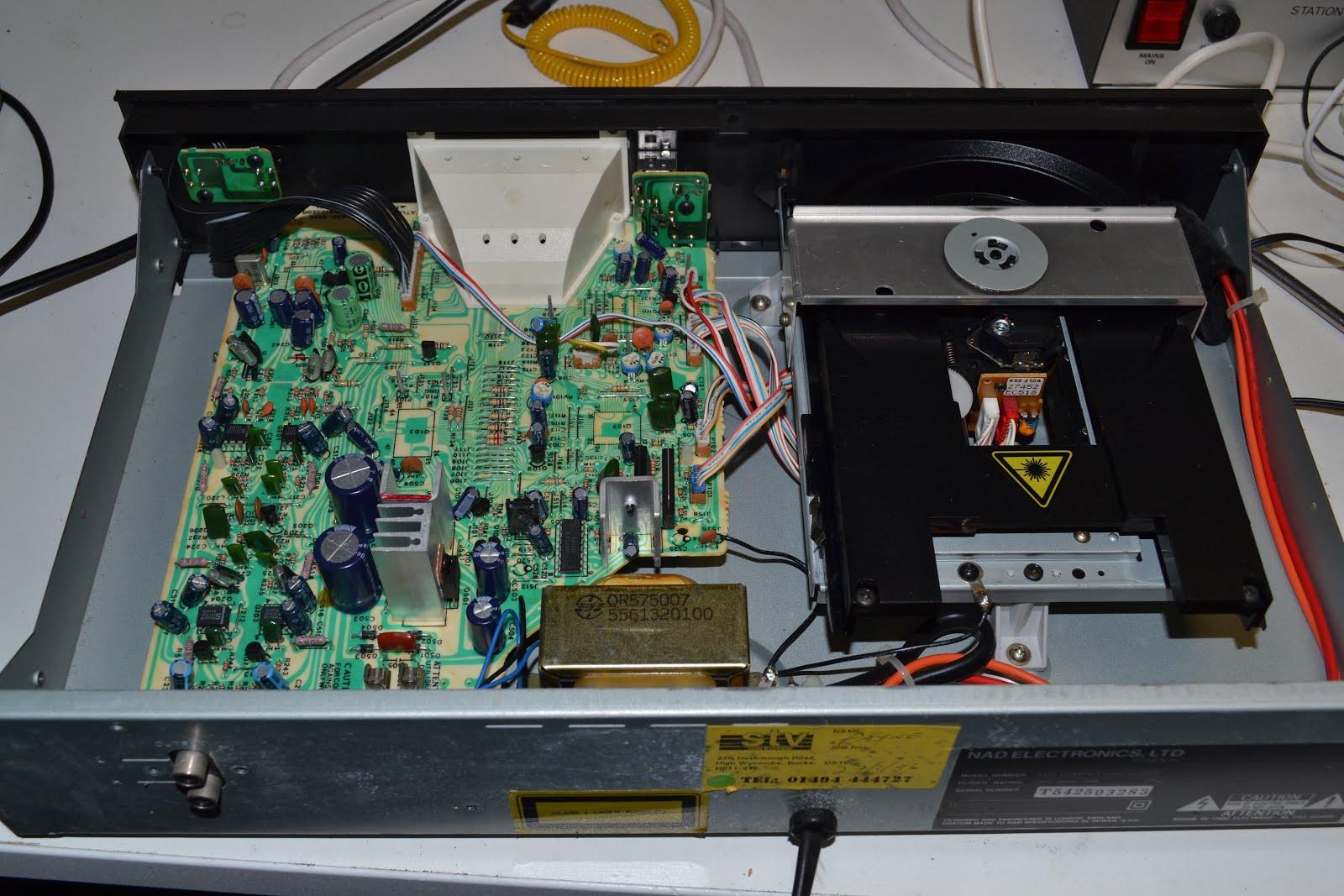 Doz' Blog: NAD 5425 CD player - no display