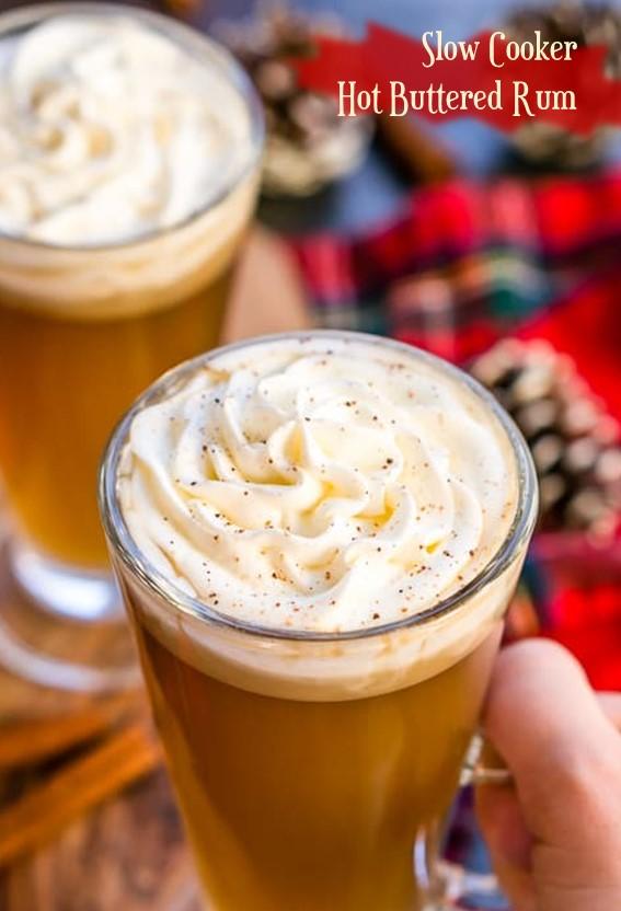 Slow Cooker Hot Buttered Rum #Slowcooker #Butter #Rum #Cinnamon #Clove #BrownSugar #Drinks