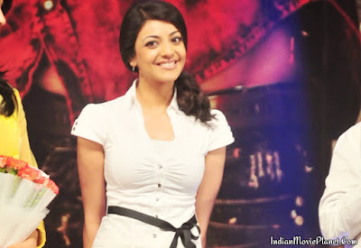 Kajal agarwal white shirt jeans images wallpapers