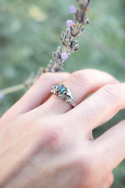 Tips to Impress Her With a Beautiful Engagement Ring