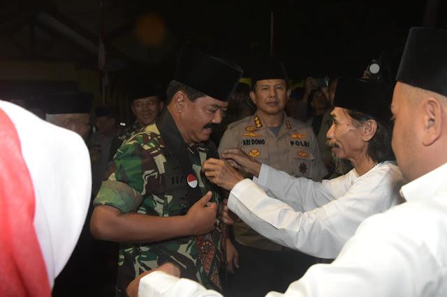 Panglima TNI Silaturahmi ke Pondok Pesantren UNIQ Malang