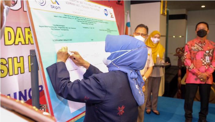 Rahma Saksikan KIPM Tanjungpinang Teken Pakta Integritas Pencanangan Zona Integritas Menuju WBBM dan WBK