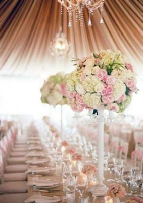 Detalles sencillos y decorativos para las mesas del convite