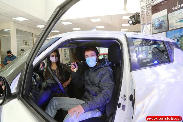 Cristofher Ríos en su nuevo Suzuki